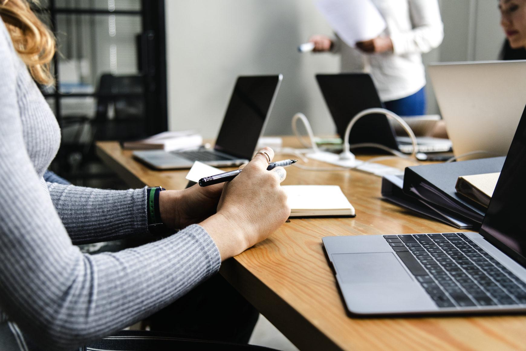 L'inefficienza per le aziende risiede nei rapporti di lavoro